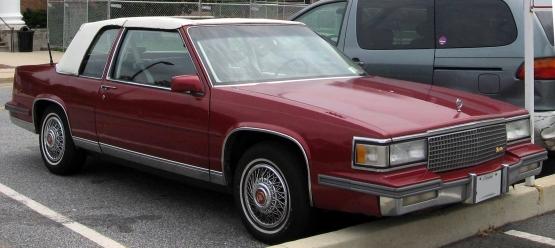 85-88_Cadillac_Coupe_de_Ville