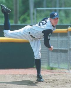 Jake Peavy pitches for the Wizards in 2000.